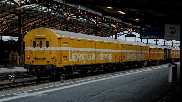 yellow-2463730_1280